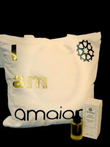 atma natural facial oil for day time with amaiaa tote bag