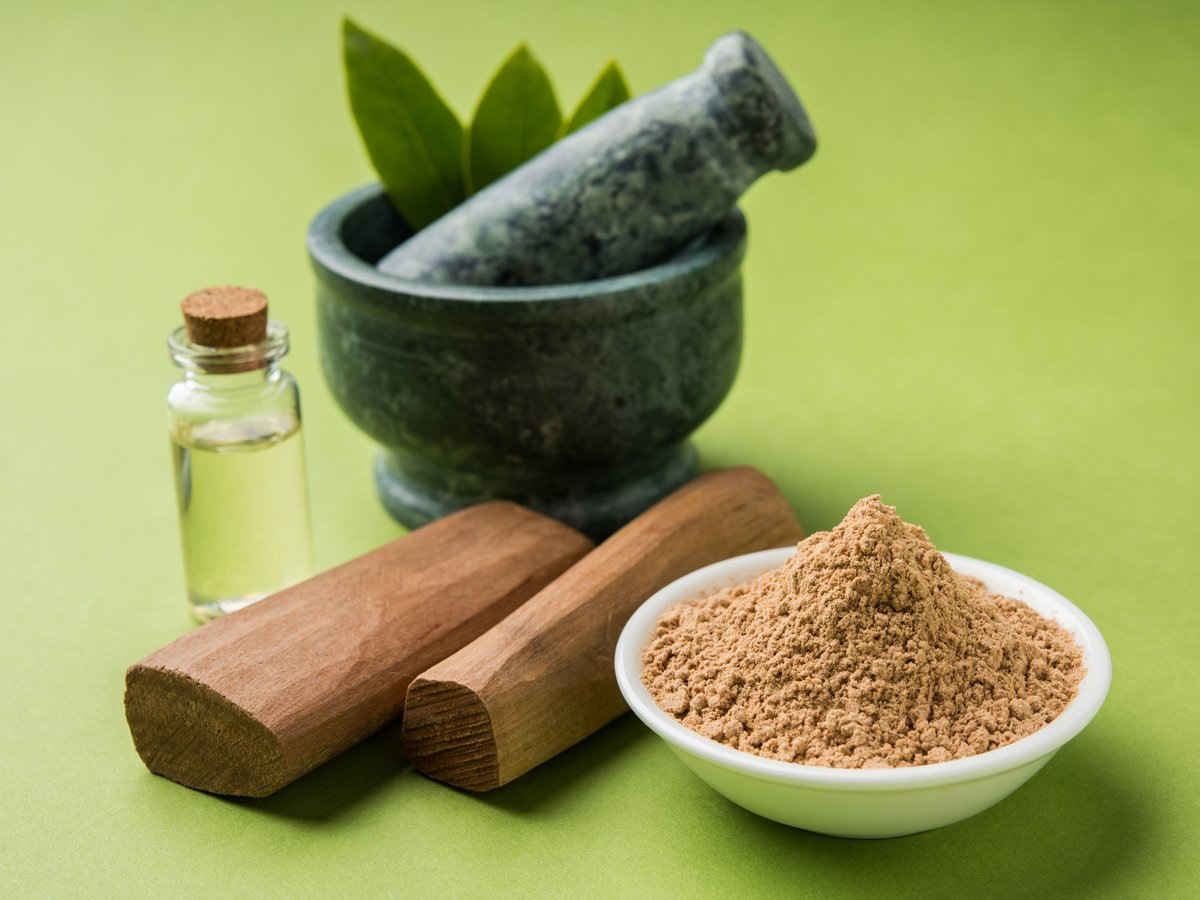 Indian Sandalwood Benefits, Uses and Healing Properties
