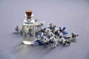 Sandalwood Oil Benefits for Skin