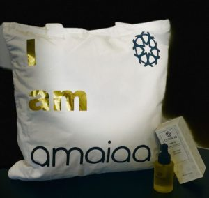 saya natural facial oil for night time with amaiaa tote bag