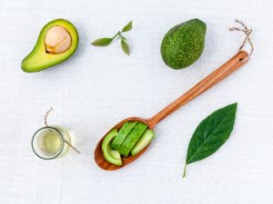 Avocado Oil Benefits for Skin, Face and Nails